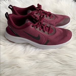 Like New Nike Flex Experience 8